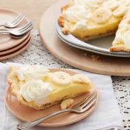 Tym razem wszelkie lukry i kremy idą w odstawkę! Sięgamy za to po owoce. 🍌 Na naszym Facebooku pokażemy Wam, jak przygotować przepyszną tartę bananową.   Natomiast formy do pieczenia tarty złapiecie na thecakes.pl! ✨ _________________________ #thecakes #delicious #wypieki #mojewypieki  #mojakuchnia #tarta  #cooking #wiltoncakes  #bananapie #tartabananowa #przepisnatartę #wilton #wiltontips #instafood #wiltonrecipes